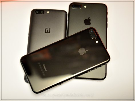 iPhone 7 Plus & OnePlus 5 Size Comparison