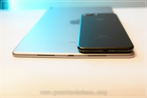 iPhone 7 Plus and iPad Pro Bottom Ports & speakers