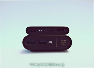 Port comparison of Anker powercore+ and Xiaomi Powerbank 2